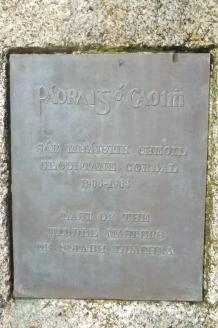 Plaque below Padraig's bust in Scartaglin
