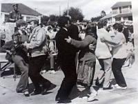 Dancing in Scart